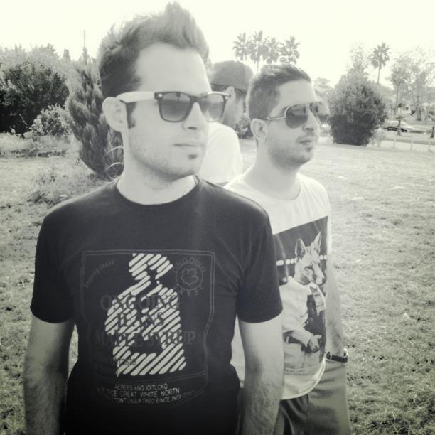 2 عکس جدید از ماهان بهرام خان بهمراه اشکان کول و نیما | WwW.BestBaz.RozBlog.Com