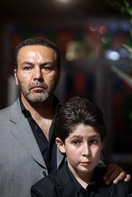 عکسی از فریبرز عرب نیا و پسرش در مراسم ختم عسل بدیعی | WwW.BestBaz.IR