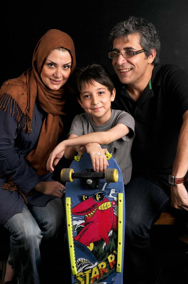 عکسی از امیر غفارمنش کنار همسر و پسرش | WwW.BestBaz.IR