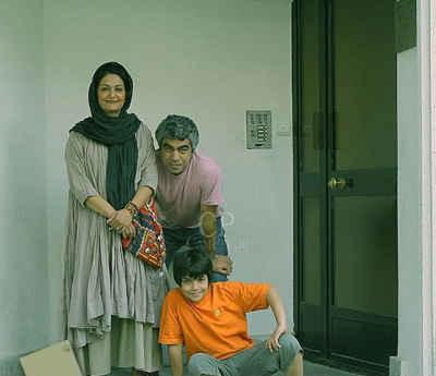 عکسی از سروش صحت کنار همسر و پسرش | WwW.BestBaz.IR