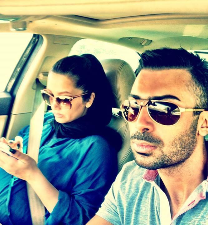 عکسی از روناک یونسی و همسرش محسن میری در ماشین | WwW.BestBaz.IR