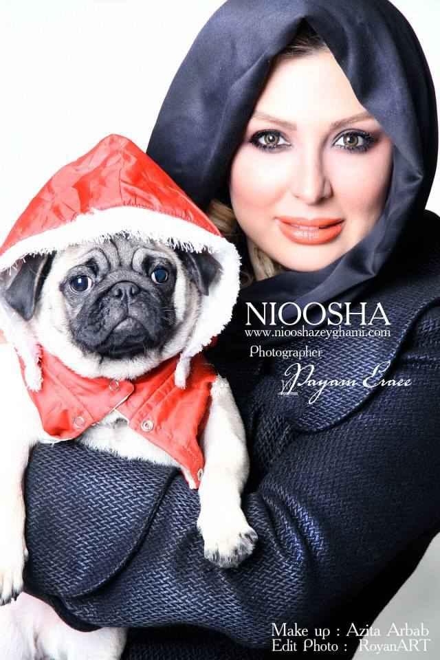 عکسی اختصاصی از نیوشا ضیغمی و سگش | WwW.BestBaz.IR