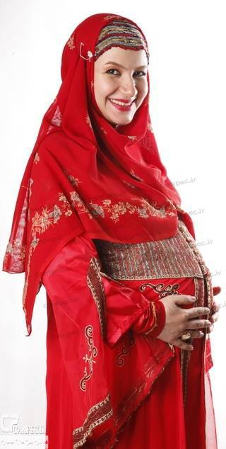 عکسی از ملیکا زارعی در زمان بارداری | WwW.BestBaz.IR