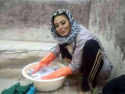 عکسی اختصاصی از سحر قریشی در حال شستن لباس | WwW.BestBaz.IR