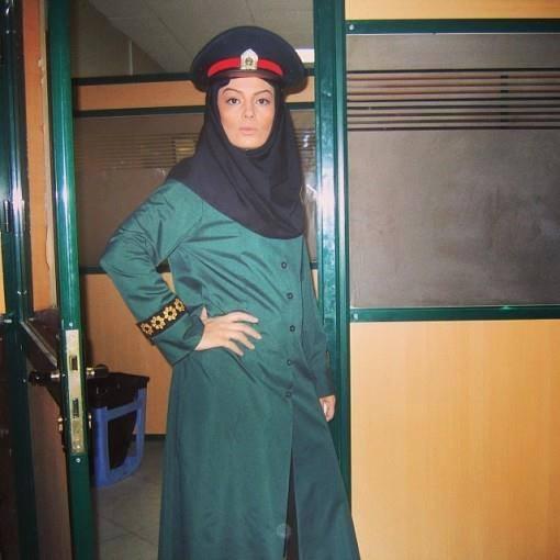 عکسی اختصاصی از سارا خوئینی ها در لباس پلیس | WwW.BestBaz.IR