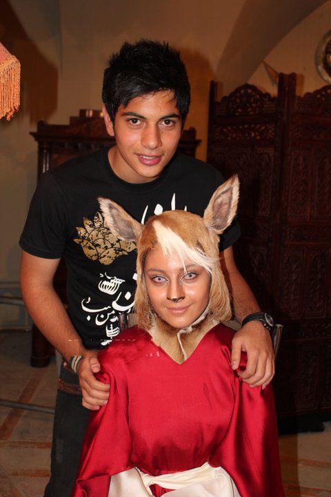 عکسی از ترلان پروانه کنار برادرش | WwW.BestBaz.IR