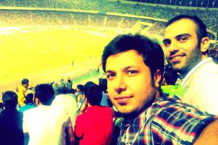 عکسی از محمد بیباک در ورزشگاه آزادی بازی با لبنان | WwW.BestBaz.IR
