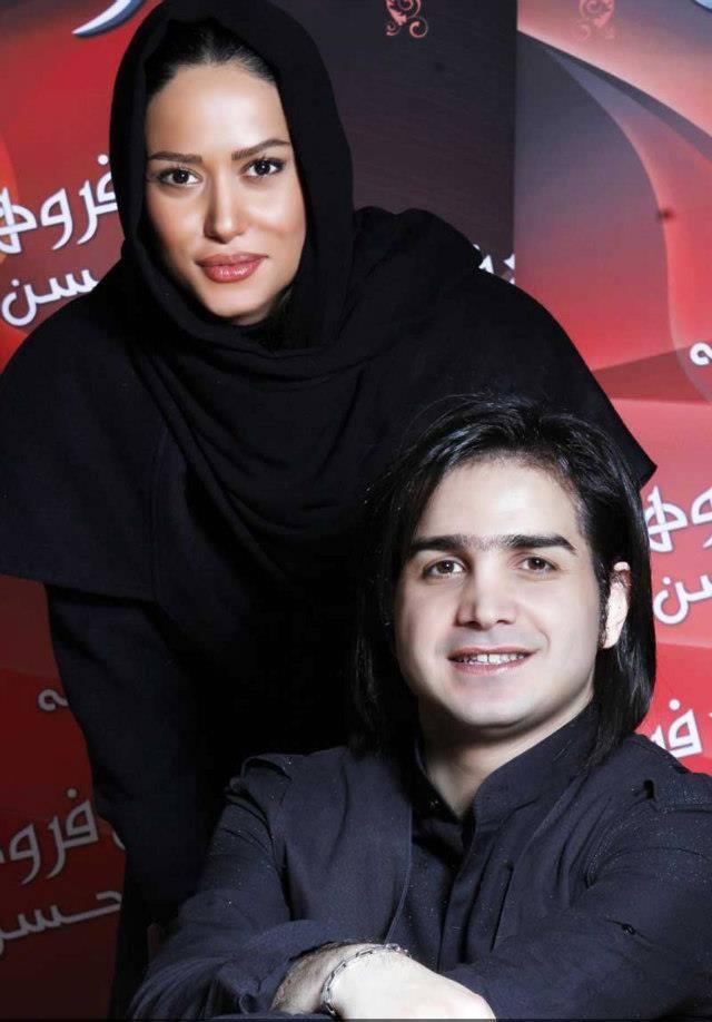 عکس یادگاری پریناز ایزدیار با محسن یگانه | WwW.BestBaz.IR