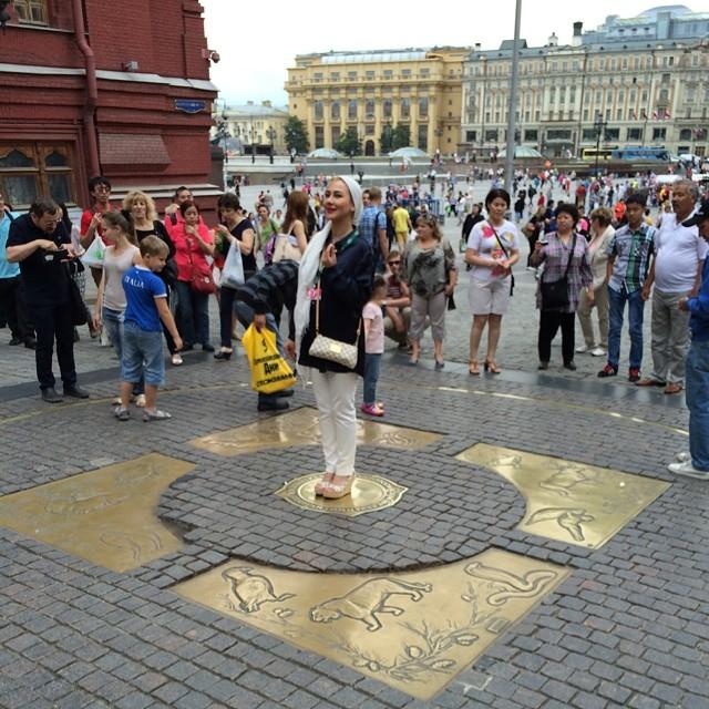 عکسهای تیر 93 آنا نعمتی در مسکو | WwW.BestBaz.IR