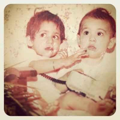 عکسی از کودکی رستاک و خواهرش | WwW.BestBaz.IR