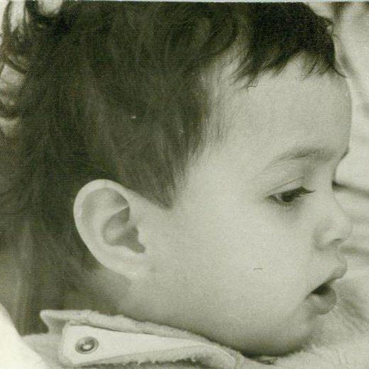 عکسی از ترانه علیدوستی در دوران کودکی | WwW.BestBaz.RozBlog.Com