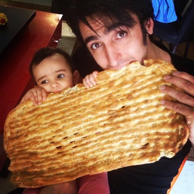 عکس پوریا فیاضی و دخترش جانان   WwW.BestBaz.IR