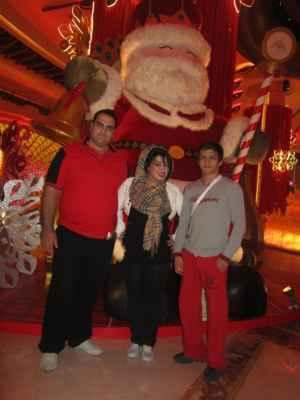 عکسی از حمید سوریان کنار بهداد سلیمی و همسرش | WwW.BestBaz.RozBlog.Com
