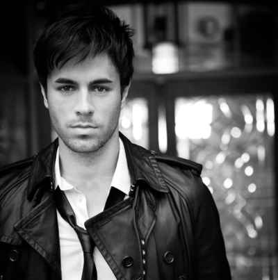 متن آهنگ Amigo Vulnerable از Enrique Iglesias | WwW.BestBaz.IR
