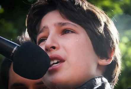 دانلود فیلم صحبتهای پسر عسل بدیعی درمورد مادرش | WwW.BestBaz.IR
